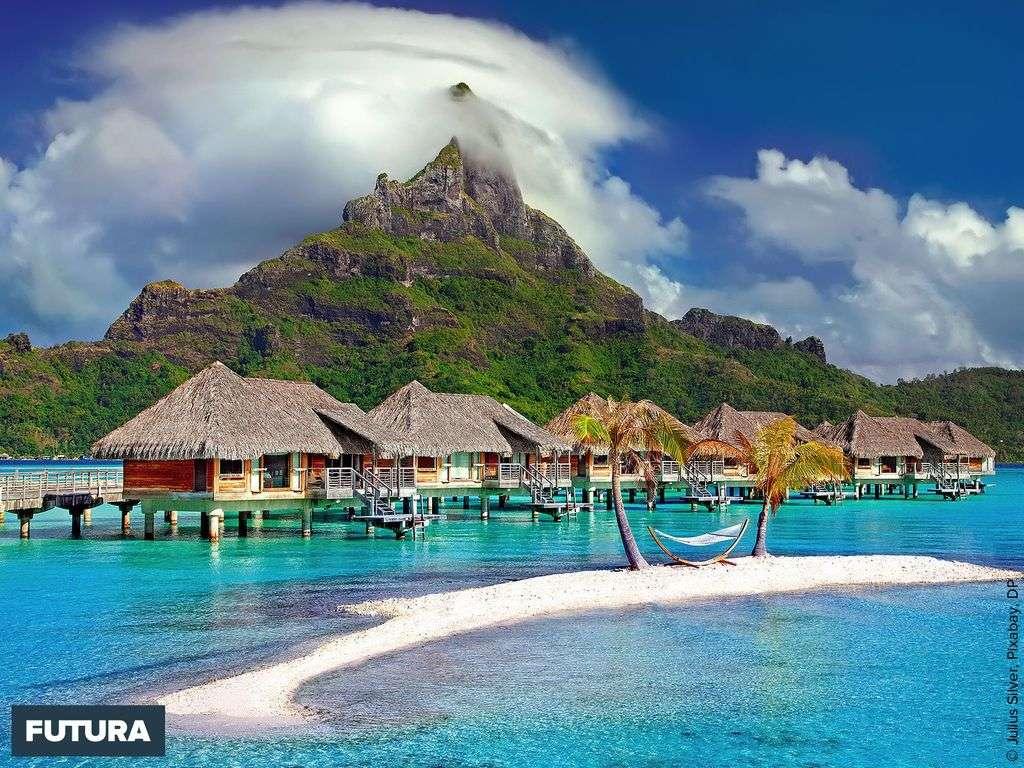 Bora-Bora des plages de sable blanc et des eaux azurées