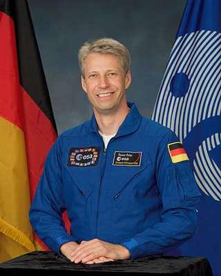 Thomas reiter astronaute européen, en mission à bord de l'ISS pour une durée de 5 à 7 mois. Crédits : NASA