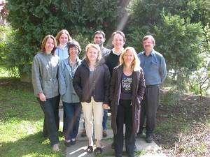 Jean-Pierre Rousset (à droite) et son équipe. © Laboratoire de Génétique Moléculaire de la Traduction