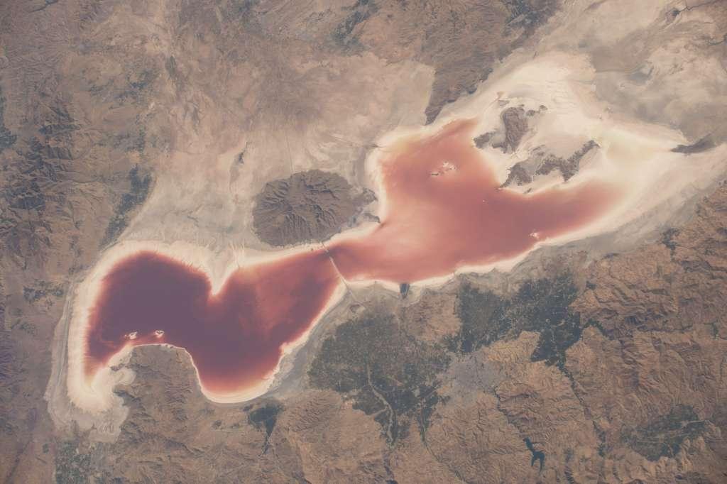 Le lac Urmia, en Iran, photographié le 12 septembre 2016. © Nasa