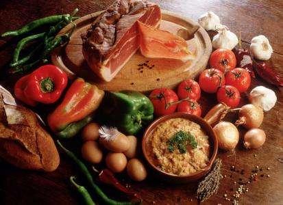 Piperade, spécialité du Pays basque. © DR