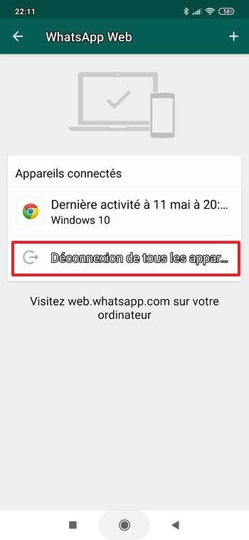 Appuyez sur « Déconnexion de tous les appareils » pour fermer toutes les sessions actives de WhatsApp Web. © Facebook
