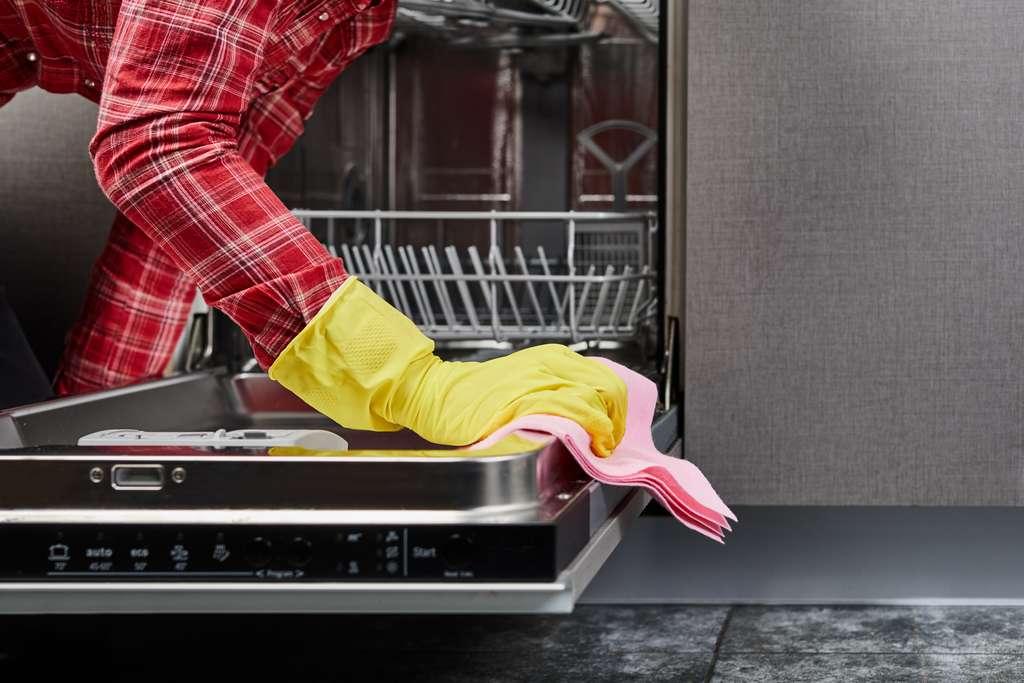 Un entretien régulier prolonge la durée de vie de votre appareil. © wertinio, Adobe Stock