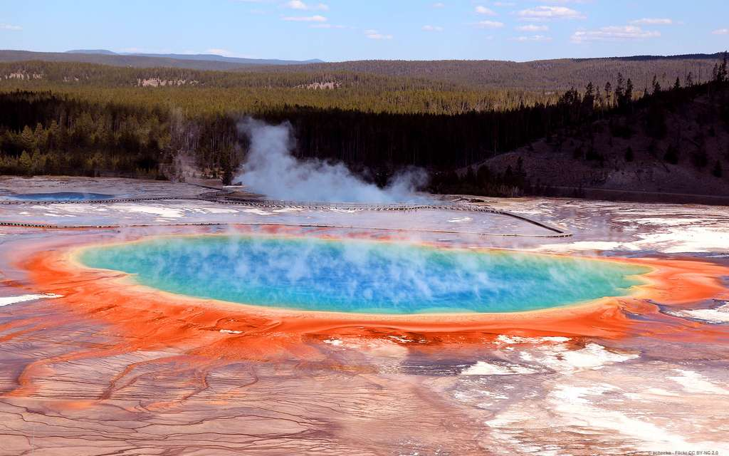 Le Grand Prismatic Spring, au parc national de Yellowstone