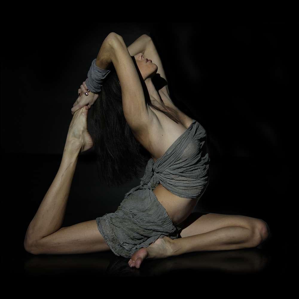 Le yoga est une philosophie indienne qui vise à unir le corps et l'esprit. © Kennguru, Wikimedia Commons, cc by 3.0