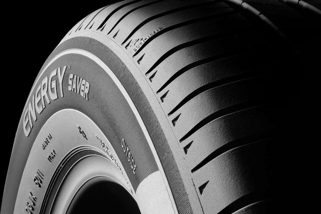 Avec les pneus écologiques, on parcourt plus de distance avec son plein d'essence. © Michelin
