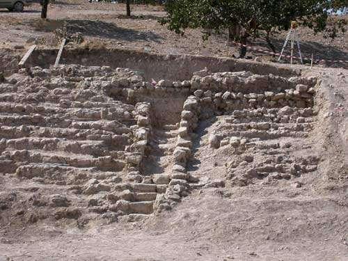 Vue sur les fouilles récentes du théâtre de Zeugma. © Michel Feugère (Mission Zeugma) - Toute reproduction interdite
