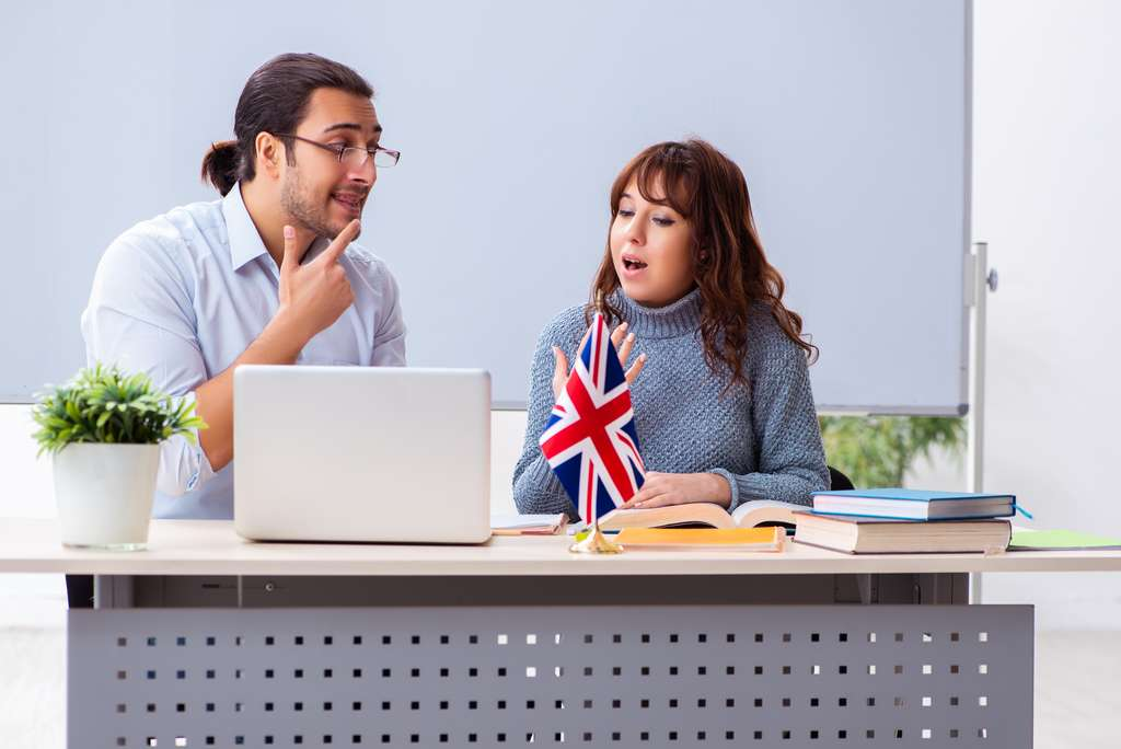 Avec le CPF, les salariés peuvent, par exemple, perfectionner leur anglais. © Elnur, Adobe Stock