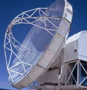Le télescope submillimétrique Apex de l'Eso au Chili. Crédit Eso