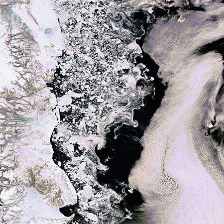 Figure 1. La Mer du Groenland vue par Envisat le 14 juin 2008. Voir els explications dans le texte. Crédit Esa