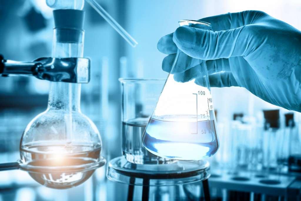 En science expérimentale, la présence d'un témoin est primordiale pour valider les résultats obtenus. © Totojang1977, Adobe Stock