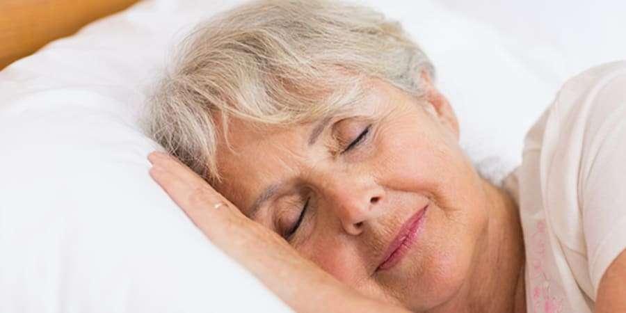 Conserver une bonne hygiène de vie aide à garder notre cerveau en bonne santé à mesure que le grand âge s'installe. © Wavebreak, Istock.com