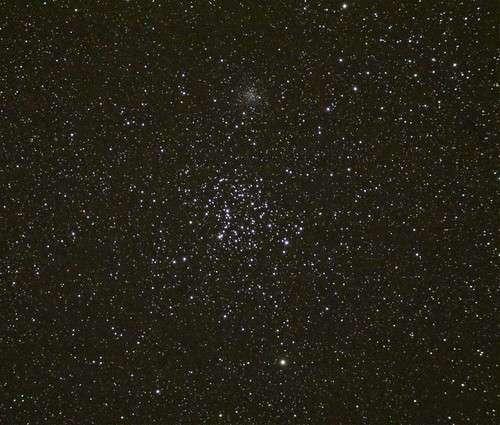 Image de M35 par « Mingus » (son pseudo sur le forum) réalisée avec un appareil photo numérique réflex et une lunette de 66 mm de diamètre.