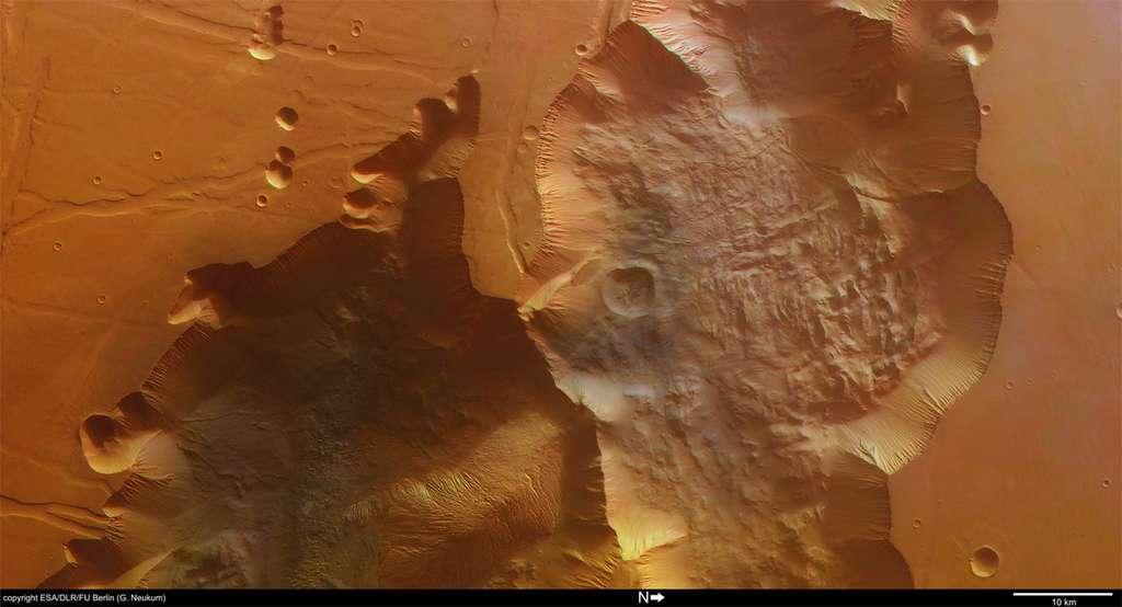 Tithonium Chasma par Mars Express