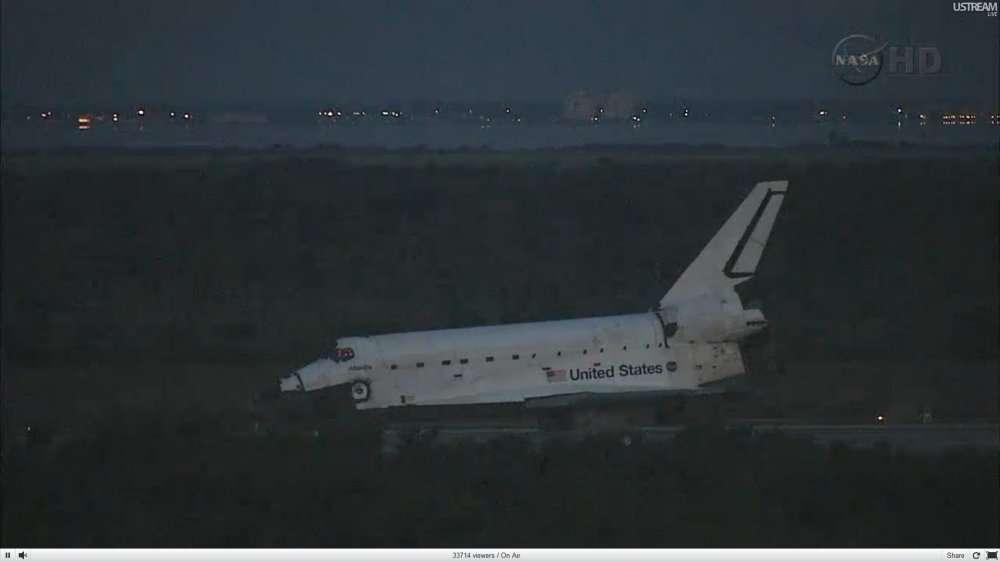 Avec le dernier atterrissage d'Atlantis, les navettes s'éclipsent... © Nasa TV