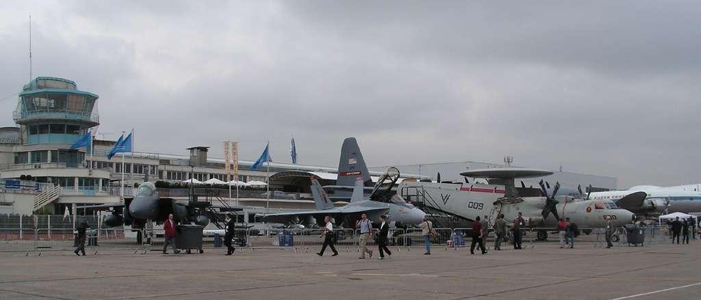 Les avions américains exposés au Salon du Bourget