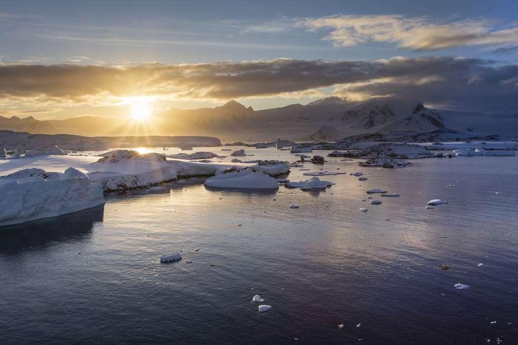 La fabuleuse odyssée du Polar Pod dans l'océan Austral ouvre la voie à des recherches inédites. © IszzetNoyan, Fotolia