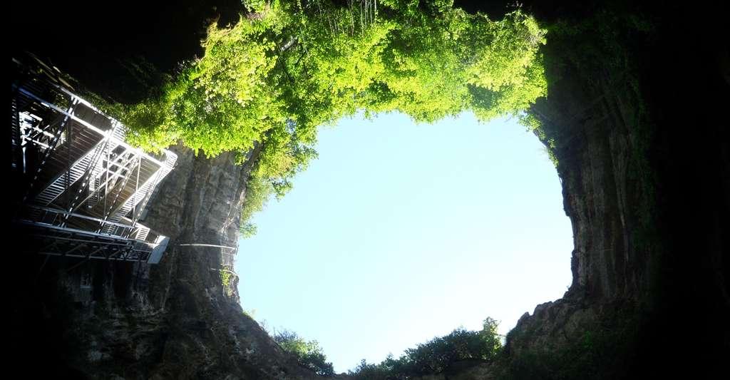 Quelles sont les grottes les plus visitées ? Ici, le gouffre de Padirac, dans le Lot. © Dimimis, Wikimedia Commons, CC by-sa 3.0