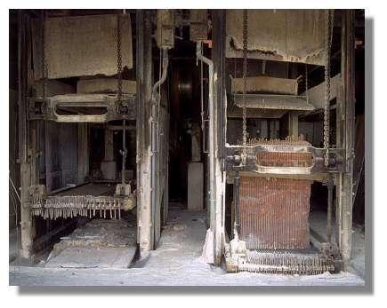 Châssis de scie multilames Décamps en 1993, marbrerie Yelmini Artaud (autrefois Célard), Saint-Amour - Photo : Inv. Y. Sancey - © Inventaire général, ADAGP, 1993