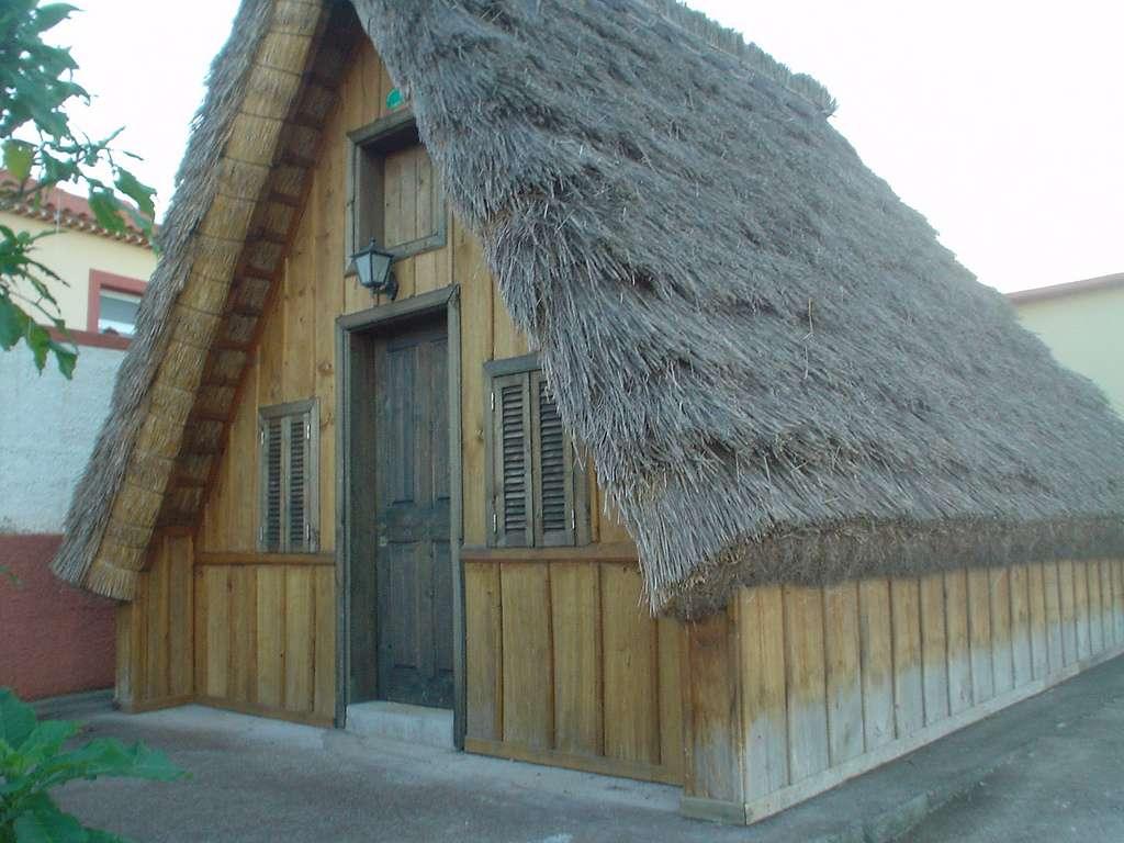 Maison traditionnelle de Santana, au Portugal