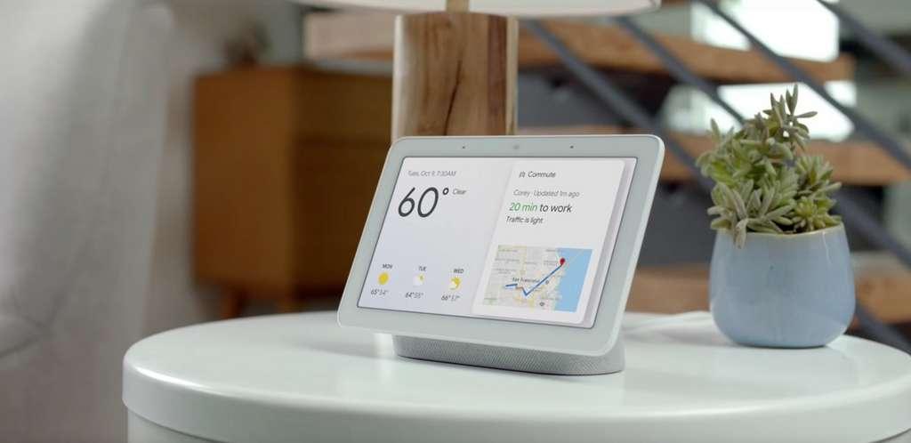 Successeur du Google Home Hub, le Nest Hub Max viendra marcher sur les platebandes de l'Echo Show d'Amazon. © Google