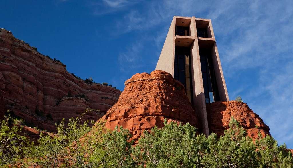 La chapelle de la Sainte-Croix, une structure monumentale