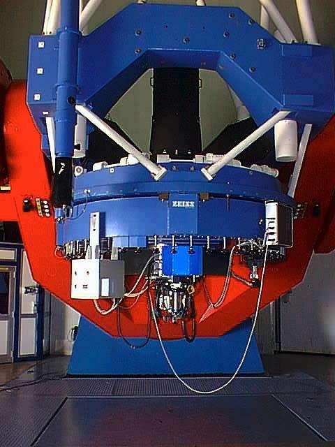 La caméra WFI (Wide Field Imager) installée sur le télescope de 2,2 mètres de diamètre de l'Eso au Chili permet de photographier de grands champs stellaires. Crédit Eso