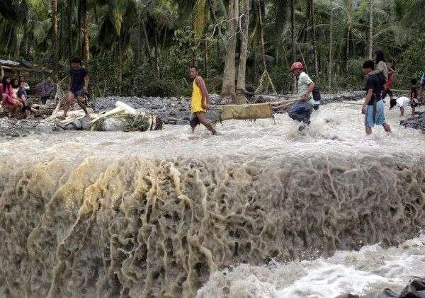 Impact du typhon Bopha sur la ville de Bataan, dans la vallée de Compostela, sur l'île de Mindanao. Plus de 230 personnes sont mortes dans cette région. © @khalidkhan, Twitter