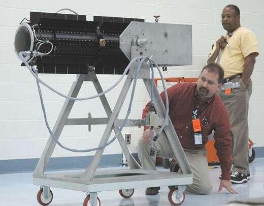 Le RTG, générateur électrique utilisant la chaleur d'un corps radioactif. © Nasa