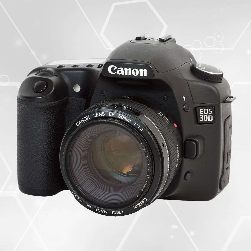 Le premier reflex numérique D30 avec un capteur CMOS. © Canon