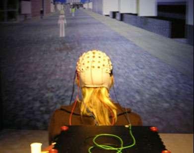 Une neuroprothèse multiélectrode. © Robert Leeb, Graz University of Technology