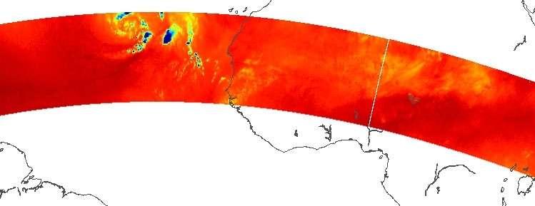Différentes densité de la vapeur d'eau : les zones les moins humides sont en rouge et les plus denses sont en bleu. © Cnes, Isro, Aeris