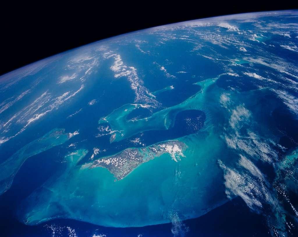 L'archipel des Bahamas vues de l'espace. © Nasa