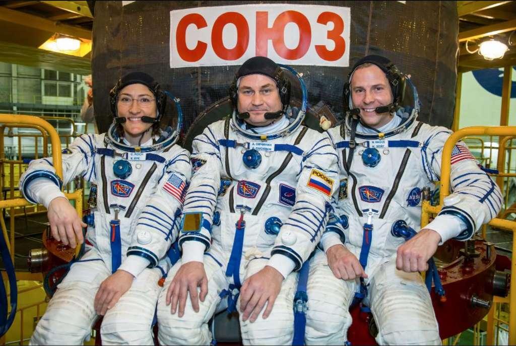 De gauche à droite, l'astronaute Christina Koch, le cosmonaute Alekseï Ovtchinine et l'astronaute Nick Hague. © Nasa, Twitter