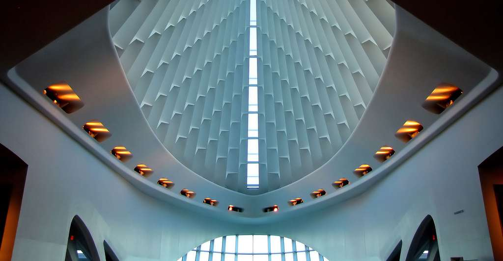 Découvrez l'architecture organique de Calatrava, Utzon et Le Corbusier. Ici, l'intérieur du pavillon Quadracci, de Calatrava, au Milwaukee Art Museum (Wisconsin, États-Unis). © O. Palsson, Flickr, CC by-nc 2.0