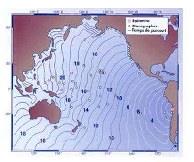 Temps de parcours d'un tsunami engendré par un séisme au large du Chili: chaque courbe représente une heure temps du parcours du tsunami.