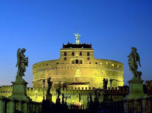 Le château Saint-Ange, à Rome, à proximité du Vatican, est devenu un musée national au début du XXe siècle. © Andreas Tille, CC by-sa 3.0