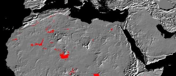 Affleurements du Continental intercalaire (en rouge) en Afrique du Nord. © DR