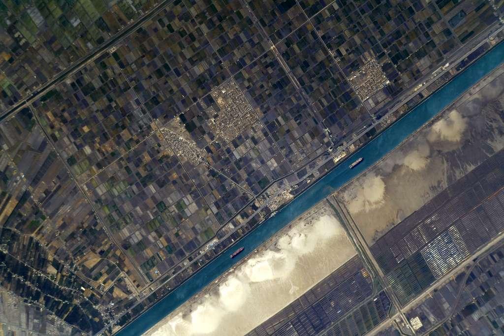 Le Canal de Suez, photographié par Thomas Pesquet, en mai 2021. © Esa, Nasa, Thomas Pesquet