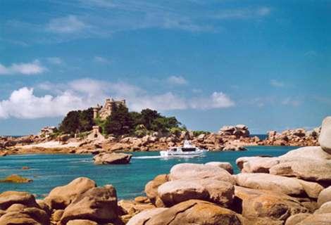 Bretagne la côte de granit rose © Giraud Patrick licence Creative Commons Paternité – Partage des conditions initiales à l'identique 1.0 générique