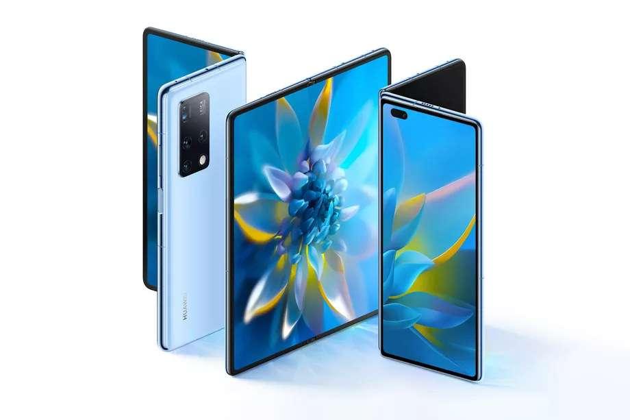 Un écran à l'extérieur qui lui donne des allures de smartphone classique, mais à l'intérieur un autre écran pliable qui le transforme en mini-tablette. © Huawei
