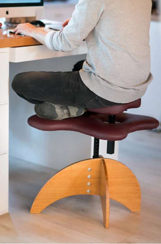La chaise Soul Seat pour travailler en tailleur... sans avoir mal au dos. © courtesy of Soul Seat