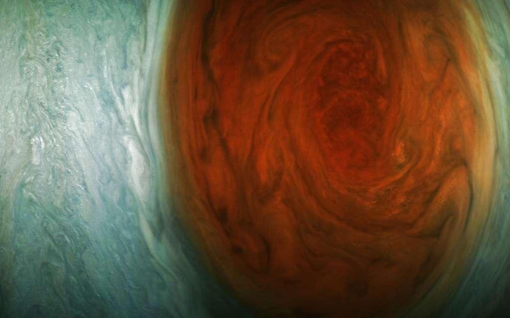La Grande Tache Rouge de Jupiter photographiée par Juno le 10 juillet 2017. La sonde était à 9.866 km au-dessus de la tempête. © Nasa, JPL-Caltech, SwRI, MSSS, Gerald Eichstadt