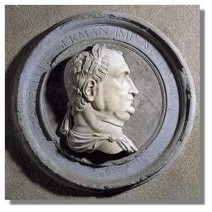 Profil d'empereur romain en albâtre de Boisset, commune d'Aresches. Besançon, Palais Granvelle - Photo : Inv. J. Mongreville - © Inventaire général, ADAGP, 1997