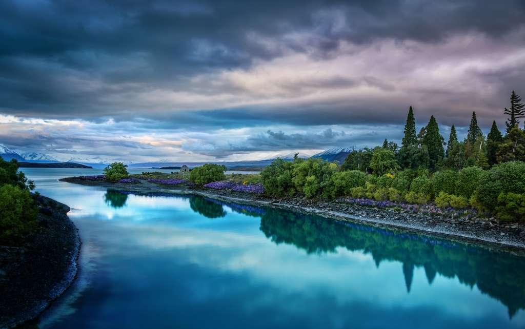 Le lac Tekapo, aux teintes magiques