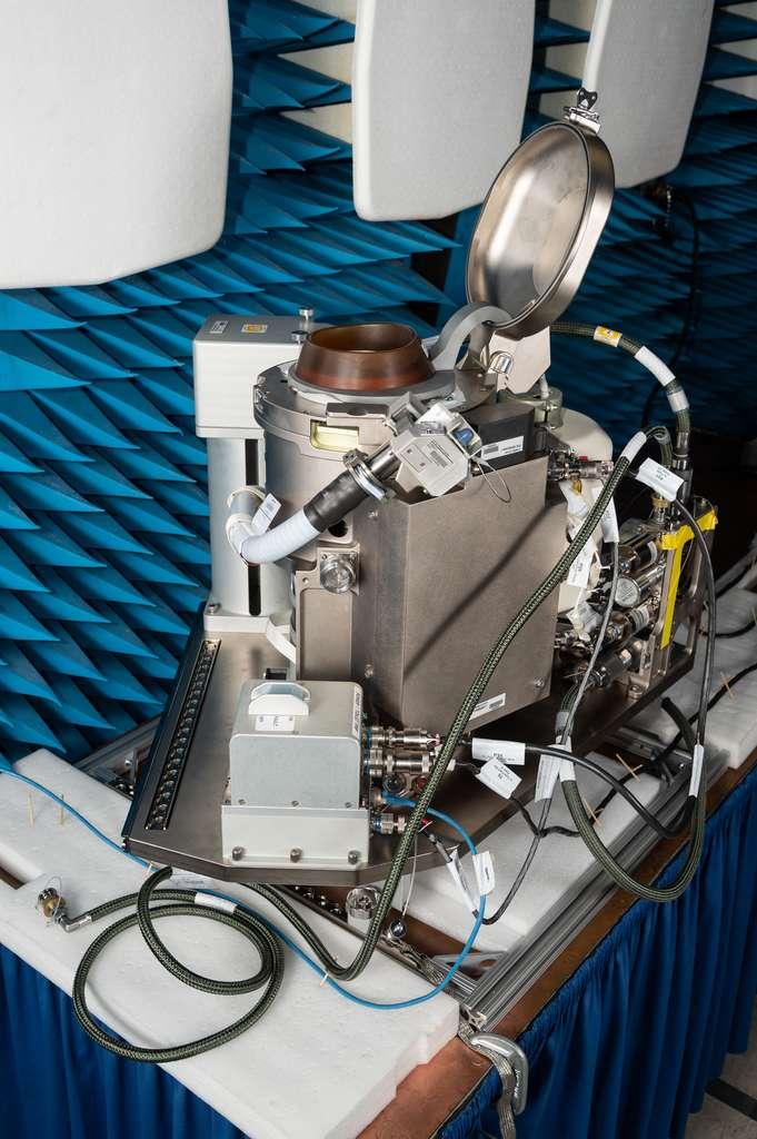 Le UWMS, pour Universal Waste Management System, qui sera livré à la Station spatiale début octobre. © Nasa