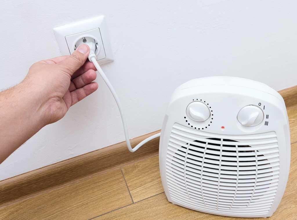 Un chauffage d'appoint consomme bien plus d'énergie qu'un radiateur à inertie. © Evgen, Adobe Stock