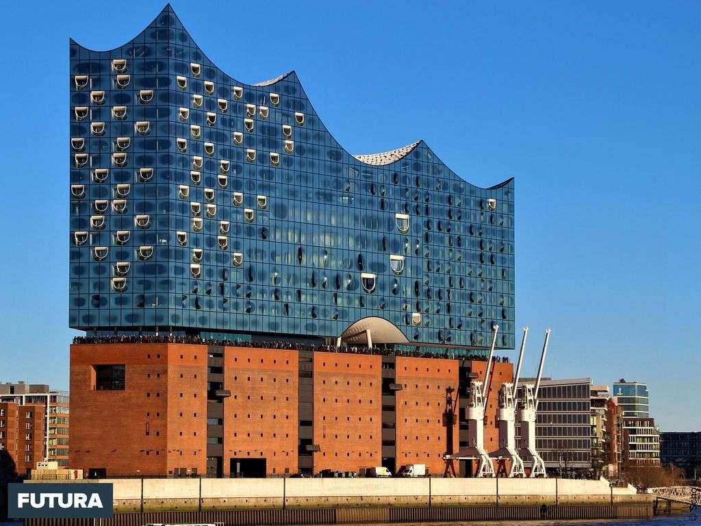 Hambourg, la Philharmonie de l'Elbe réalisée par les architectes Herzog et Meuron