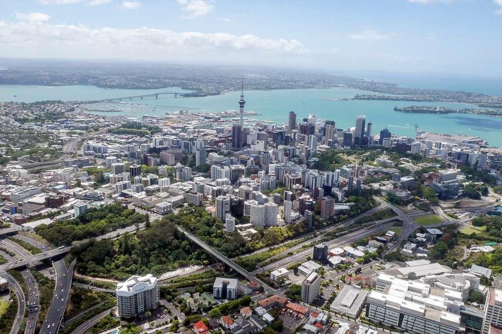 À Auckland, en Nouvelle-Zélande, chaque habitant jouit de 357 mètres carrés de verdure. © Craig, Flickr