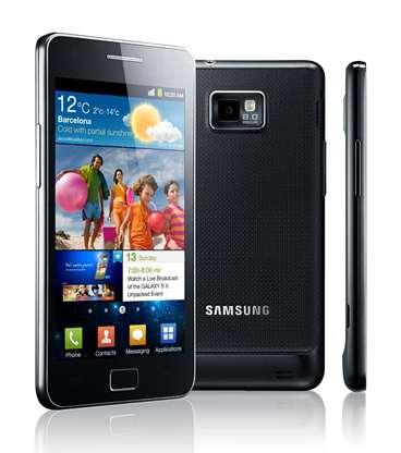 Le Samsung Galaxy S II est l'un des premiers smartphones à être équipé d'une puce double cœur. © Samsung